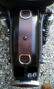 Attache garde-boue arrière Ref MCM020
