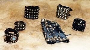 Bracelets cloutés Ref ACB062