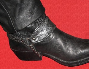 Strap boots Ref ACT004