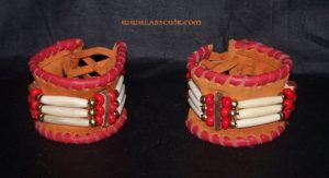 Bracelets cuir + os et perles Ref AAB078